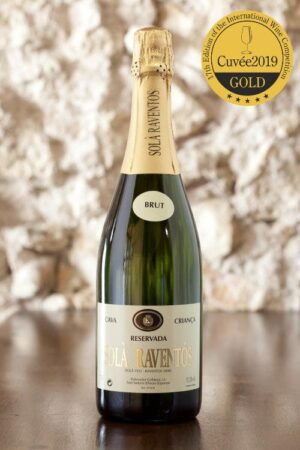 <strong>Reservada 2018</strong> <br />Reserva<br />Brut